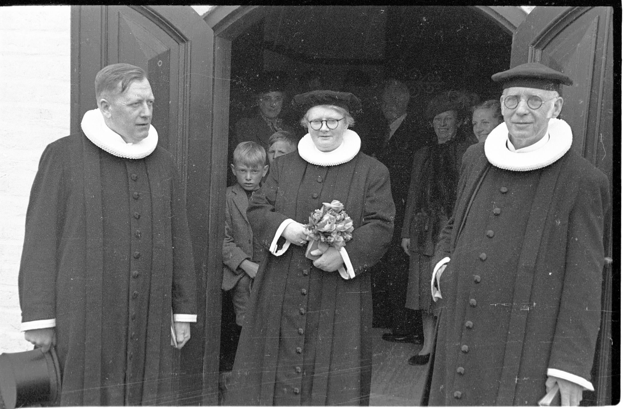Den første kvindelige præst på Fyn blev indsat den 2. maj 1948 i Nr. Aaby kirke.